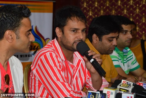 Amrinder Gill On Confrence