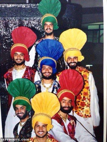 Amrinder Gill WEaring Punjabi Bhangra dress