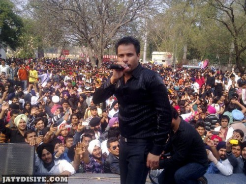 Amrinder gill during stage show