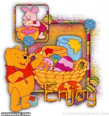 Pooh Enjoying By Coloring Easter Eggs
