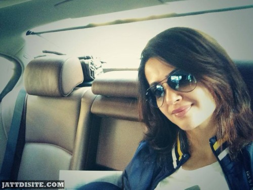 Surveen Chawla In Car1