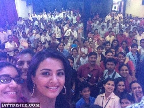 Surveen Chawla With Crowd At College