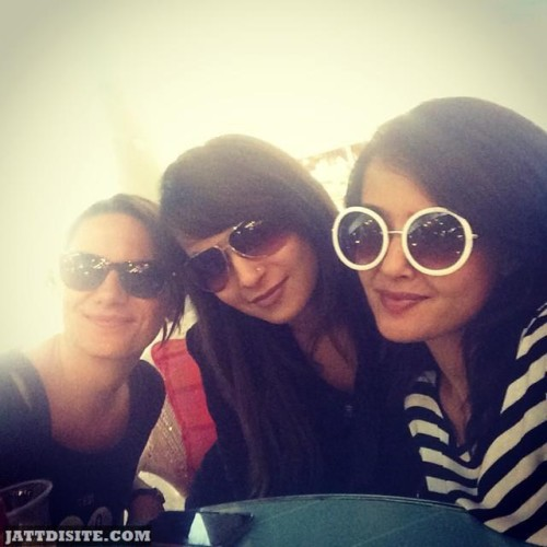 Surveen Chawla With His Friends