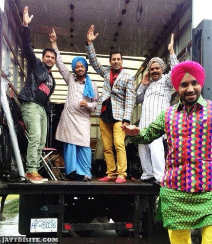 Binnu Dhillon DAnce In Set