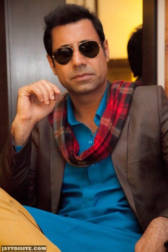 Binnu Dhillon cool shades'