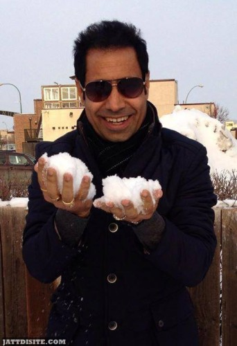 Binnu Dhillon enjoying snow