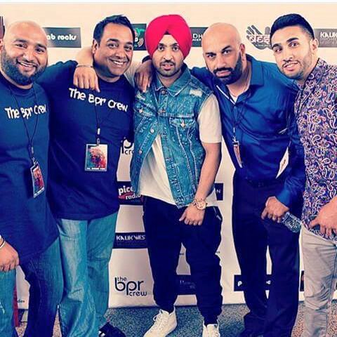 Diljit Dosanjh With His Friends