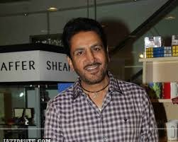 Gurdas maan  IN Show room
