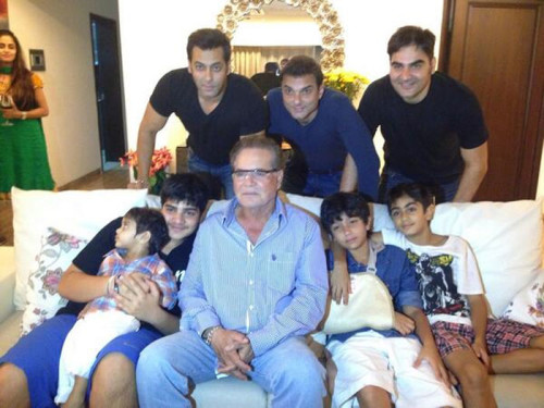 Salman Khan With His Three Brother & Father