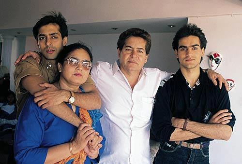 Young Salman Khan With His Family