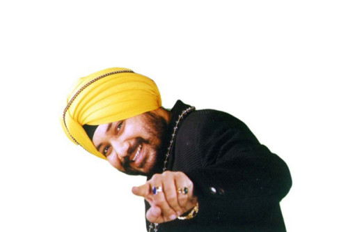 Navratri-comes-with-a-gift-from-pop-singer-Daler-Mehndi
