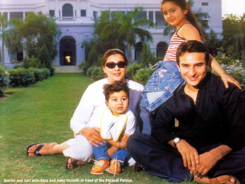 Saif Ali Khan With His First Wife Amrita And Kids