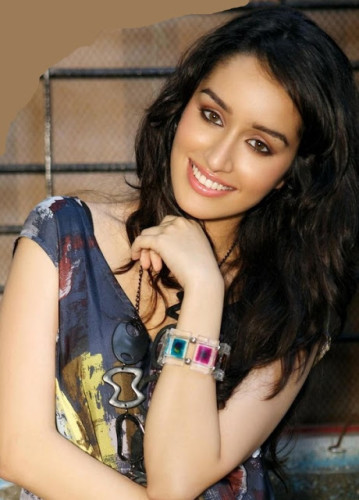 Shraddha Kapoor Looking Beautiful