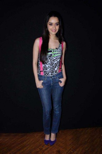 Shraddha Kapoor Wearing Nice Top And Jeans