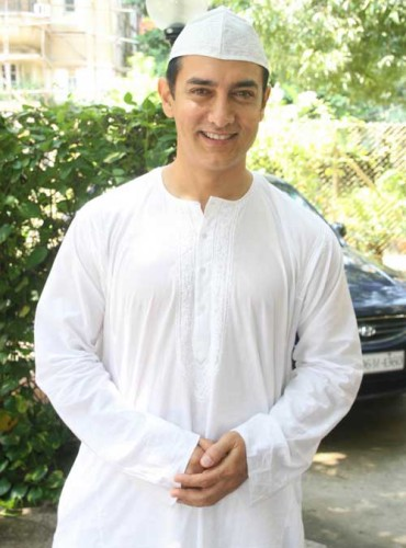 Aamir Khan  in Muslim Dress