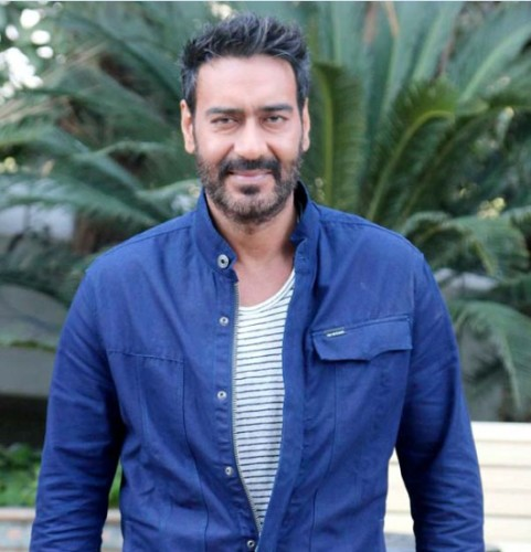 Cute Smiling Face Ajay Devgn
