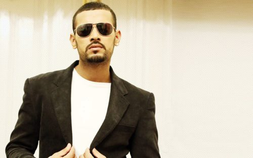 Garry-Sandhu-Family-Pictures-Upcoming-Movie-Songs-2015-2016-First-Debut