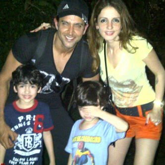 Hrithik Roshan With Sweet Family