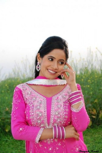 Miss Pooja In Pink Suit