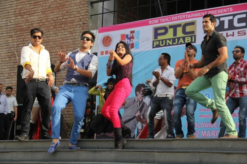 Multitude of students showing their joy on the performance of Miss Pooja and other star cast of forthcoming film Pooja Kiven Aa at LPU