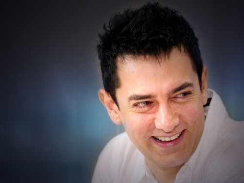 Nice Smile  By  Aamir Khan