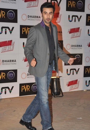 Ranbir-Kapoor-at-the-Premiere-of-Yeh-Jawaani-Hai-Deewani