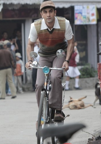 Ranbir-Kapoor-in-cool-look-in-Barfi-Movie-Stills