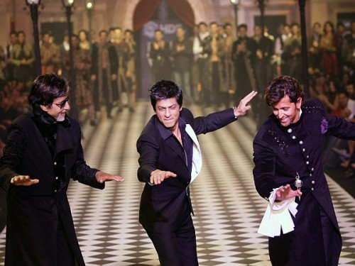 SRK Performing With Hritik & Amitab