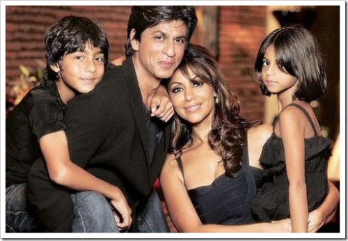 SRK With Wife & Kids