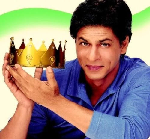 Shahrukh Khan With Crown