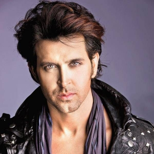 Smart look Hrithik Roshans