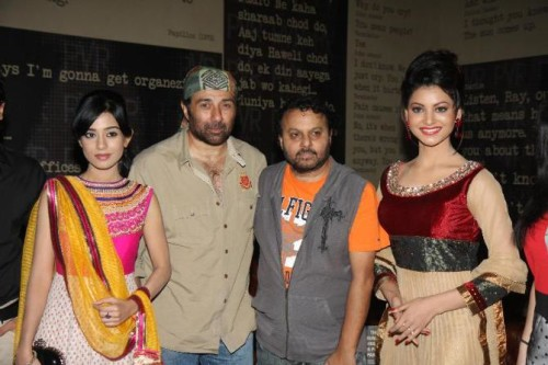 Urvashi Rautela, Amrita Rao, Sunny Deol And Anil Sharma at the first look launch of Singh Saab The Great