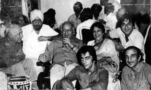 Young Sanjay Dutt Sitting Pic