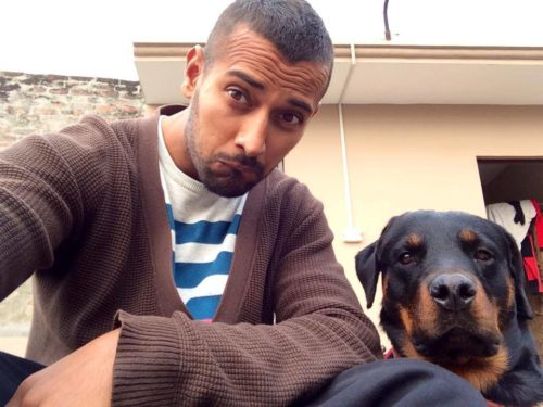 arry sandhu with dogs