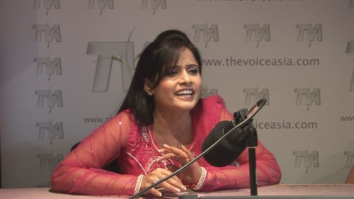 Miss Pooja Interacting With Media
