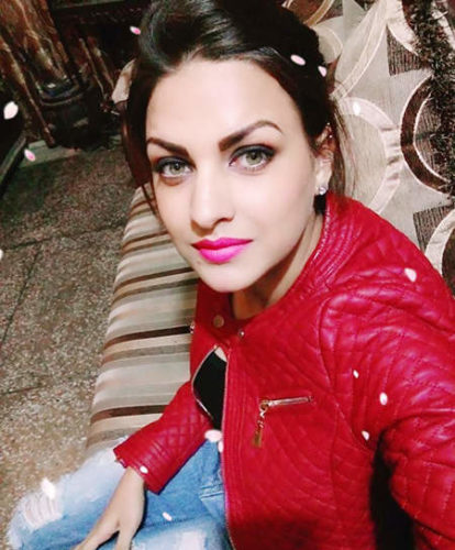 himanshi_khurana_wearing_red_jacket